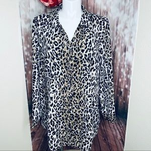 Maggie Barnes Animal print shirt 4X